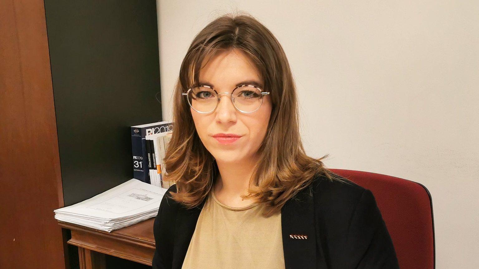 foto di angela raffa, deputata di Messina del movimento 5 stelle