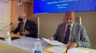 mimmo turano, assessore alle attività produttive della regione siciliana annuncia l'annullamento del click day per il bonus sicilia