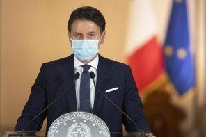 giuseppe conte illustra il dpcm del 24 ottobre 2020 per contrastare il coronavirus