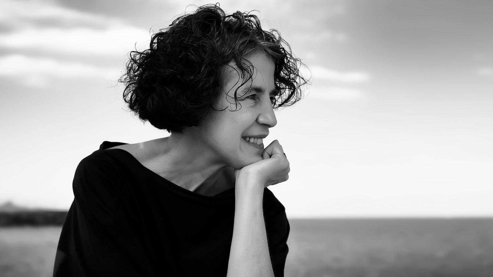 foto in bianco e nero di giovanna giordano, scrittrice siciliana, vissuta a messina, candidata al premio nobel per la letteratura