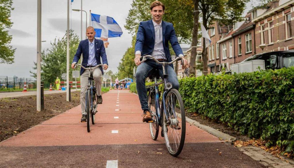 pista ciclabile sostenibile con plastica riciclata realizzata in olanda