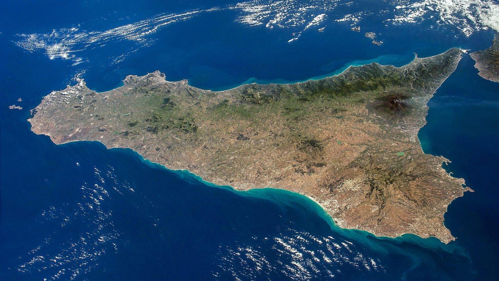 sicilia vista dall'alto, foto NASA
