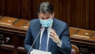 giuseppe conte illustra il nuovo dpcm alla camera dei deputati