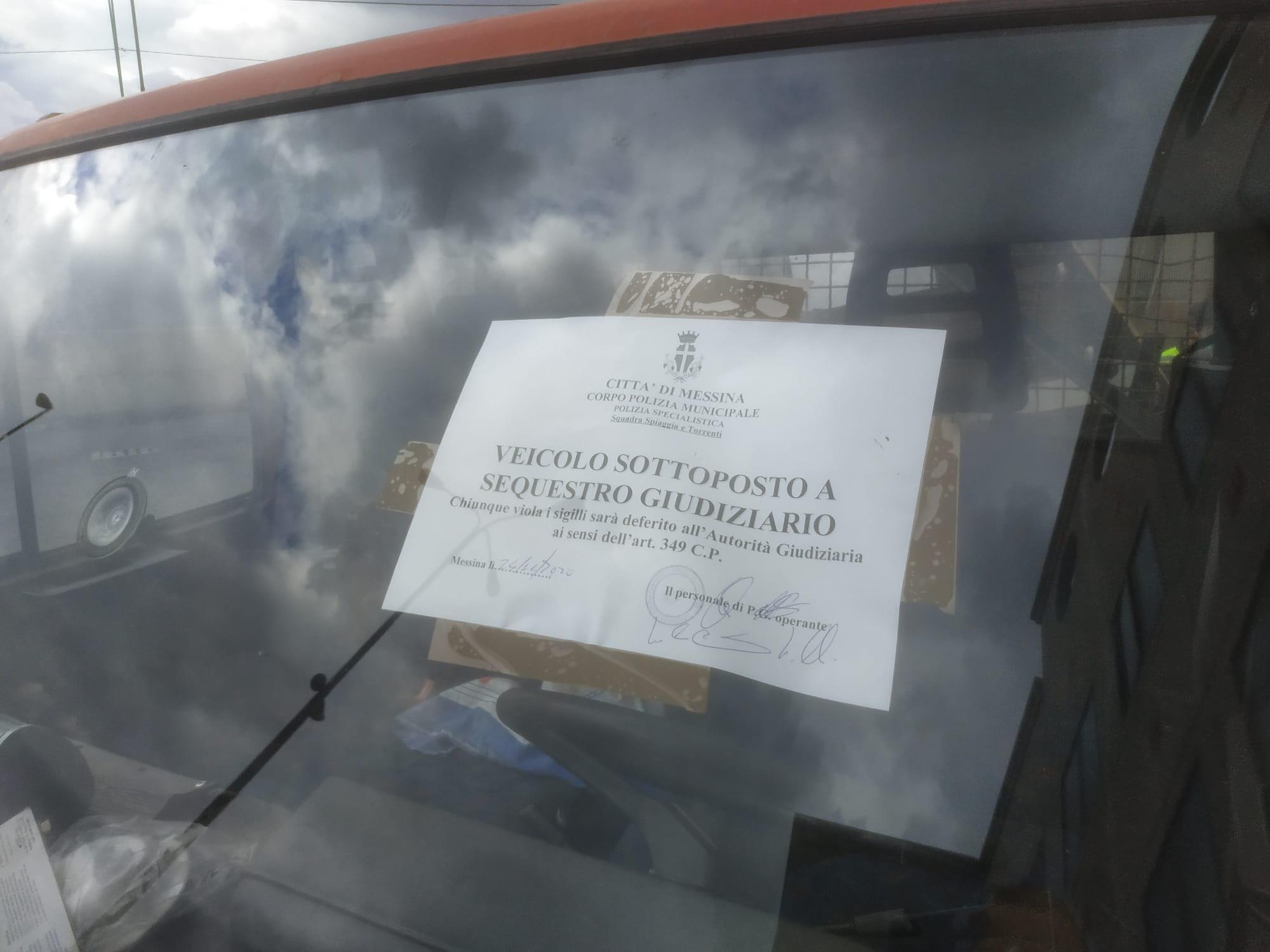 autocarro trasporto rifiuti