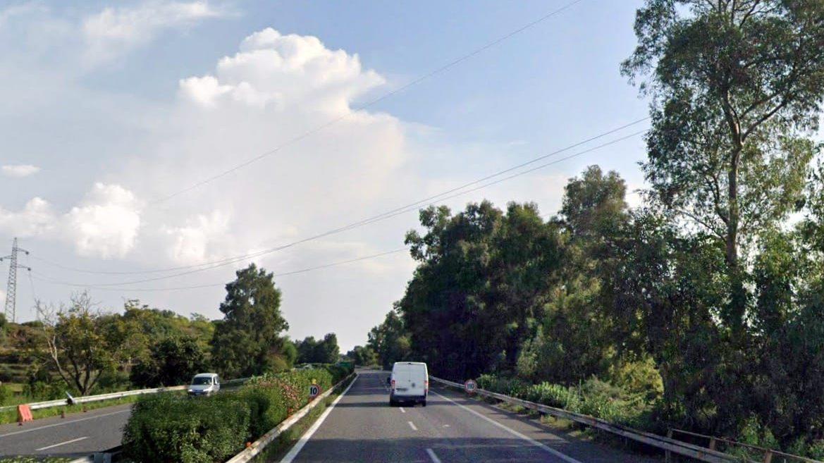 lavori sull'autostrada a18 messina catania