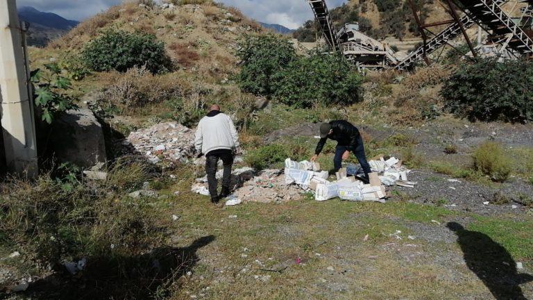 rifiuti vicino al torrente santo stefano