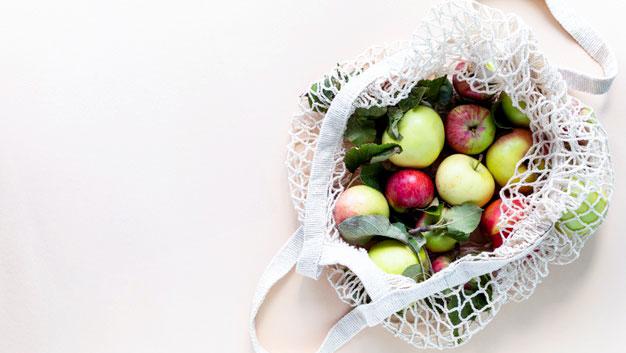 busta della spesa con la frutta