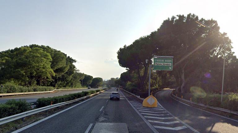 uscita di giardini sull autostrada A18 Messina-Catania
