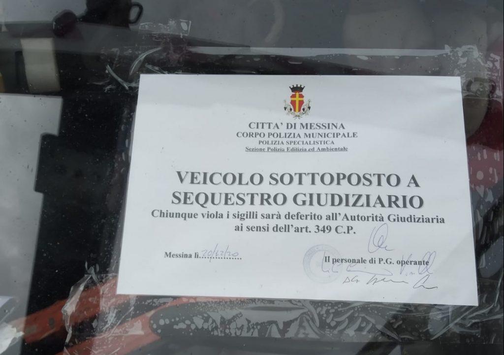 la polizia municipale sequestra un camion usato per abbandonare rifiuti in strada