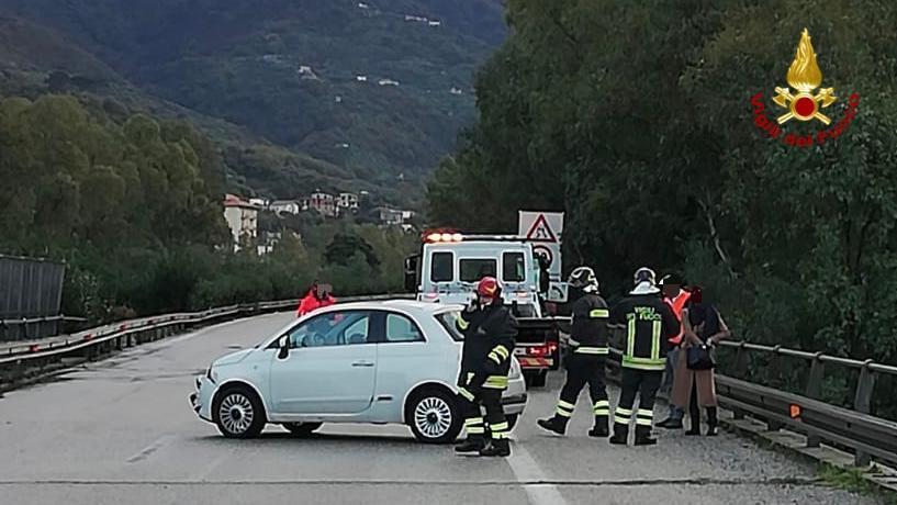 incidente autostrada a20 messina palermo, brolo