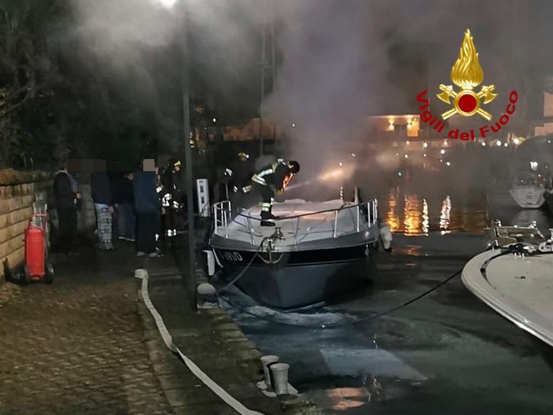 incendio barca portorosa