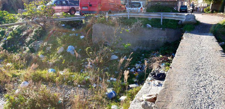 rifiuti e pulizia torrenti a Messina
