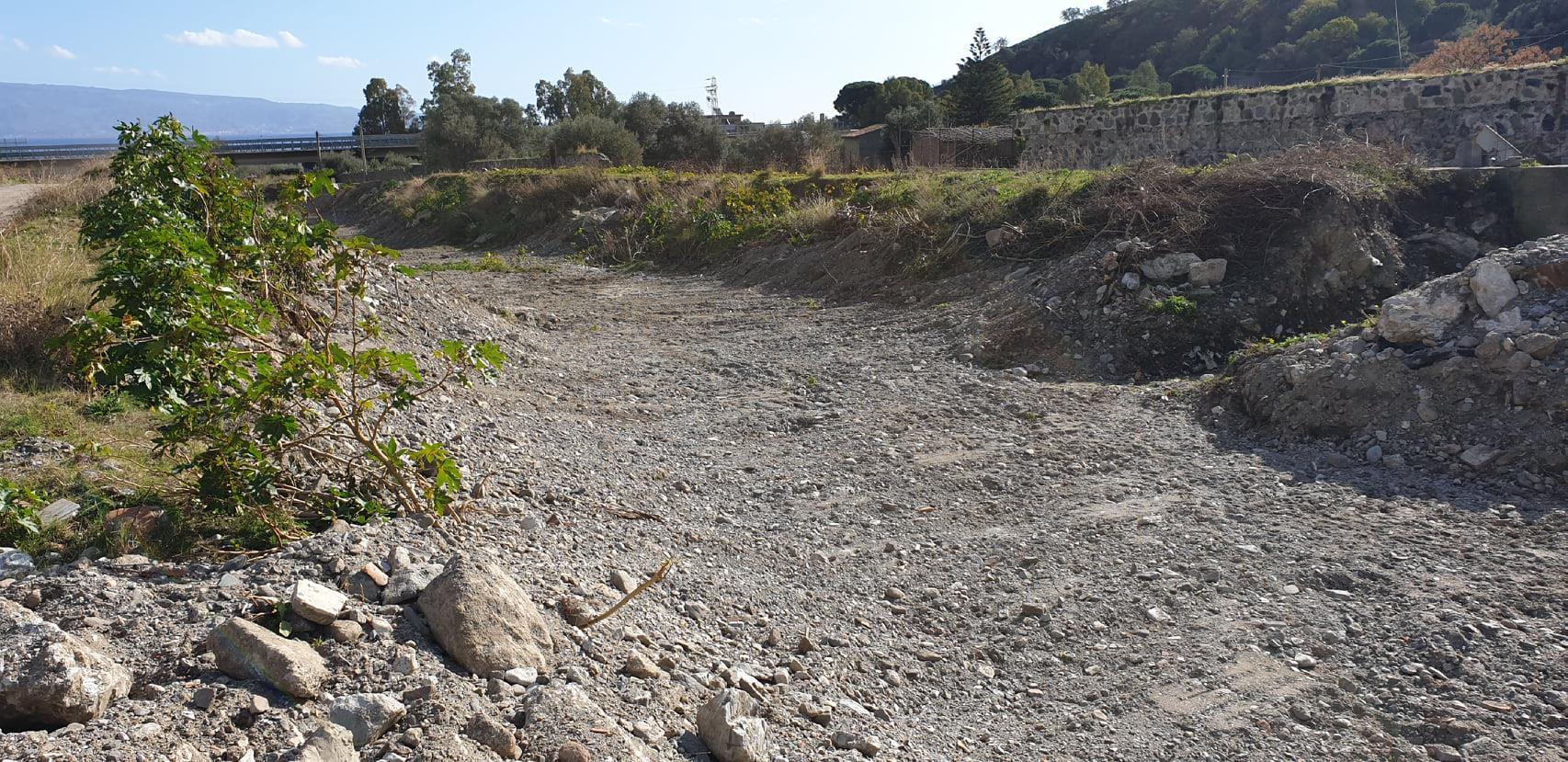 pulizia torrenti a Messina
