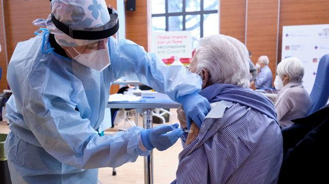 vaccino over 80