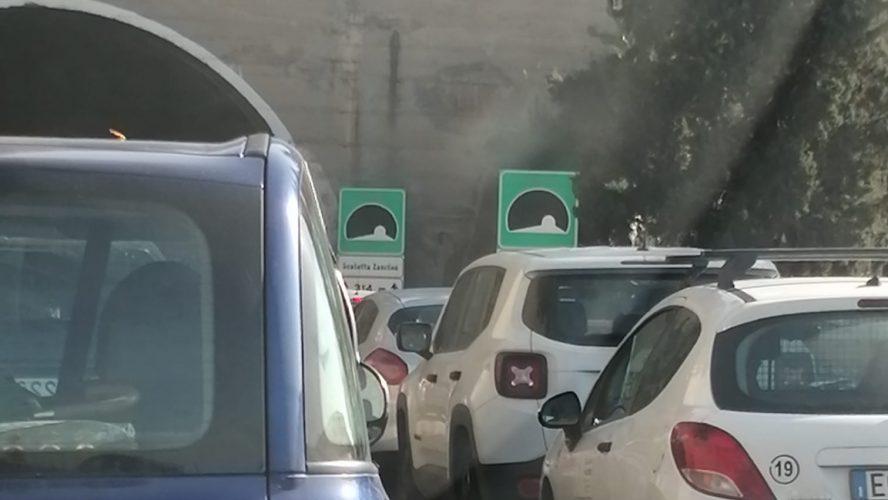 traffico per incidente sull'autostrada a18 messina-catania