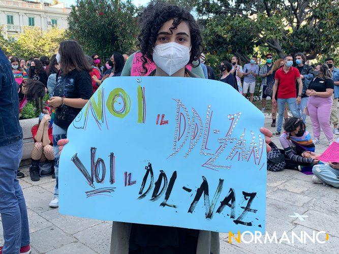manifestazione lgbt a messina per il ddl zan