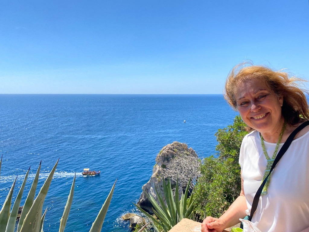 PNT, Isola Bella, la direttrice del Parco Naxos Taormina, l'archeologa Gabriella Tigano