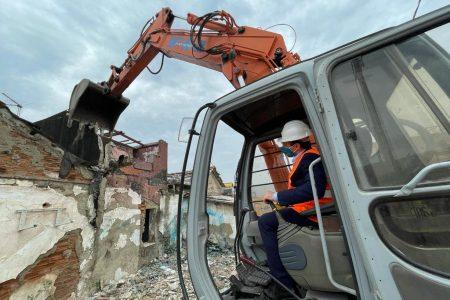 cateno de luca demolizione baracche fondo saccà