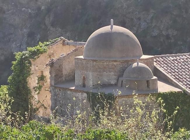 chiesa normanna di mili