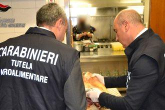controlli dei carabinieri in pizzerie di messina, salerno, roma, parma