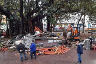 demoliti i chioschi di villa mazzini